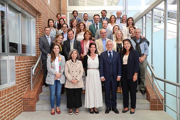 Grupo asistentes Numerosas asociaciones se reúnen en la Universidad Francisco de Vitoria con el objetivo de buscar propuestas para promocionar, proteger y fortalecer a la familia