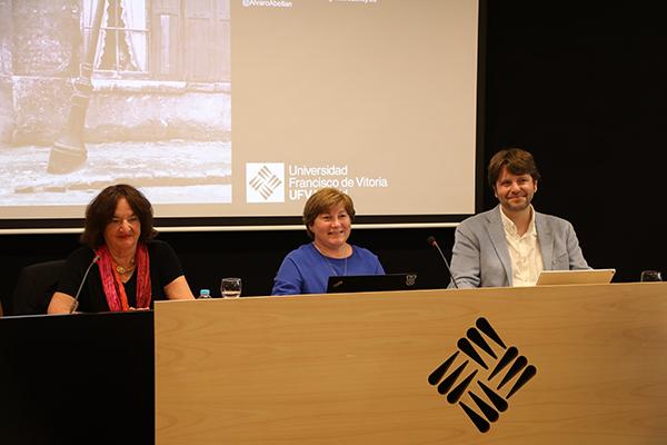 """IMG 8228 1 Marie Laure Ryan, en la UFV (Madrid): """"En el mundo de los videojuegos existe un tipo de usuario educado y crítico, que busca historias coherentes sin renunciar a la jugabilidad"""""""