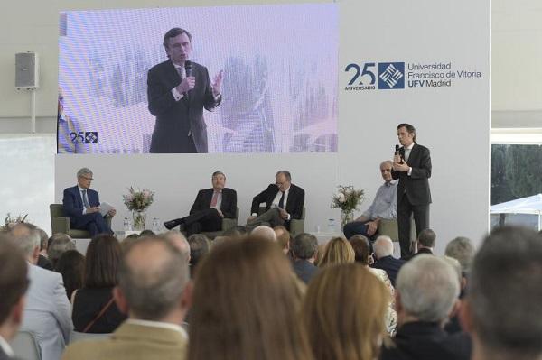 """%name """"El oficio del futuro sólo será uno: pensar y adaptarse. Es un gran desafío"""" Estudiar en Universidad Privada Madrid"""