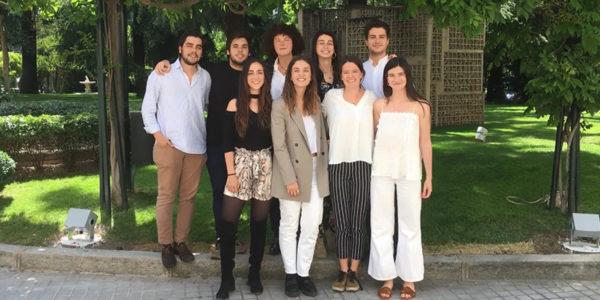 Becas DIME diez jóvenes e1562666534144 Tres alumnos UFV, seleccionados para el programa BECAS DIME de la Fundación Microfinanzas de BBVA
