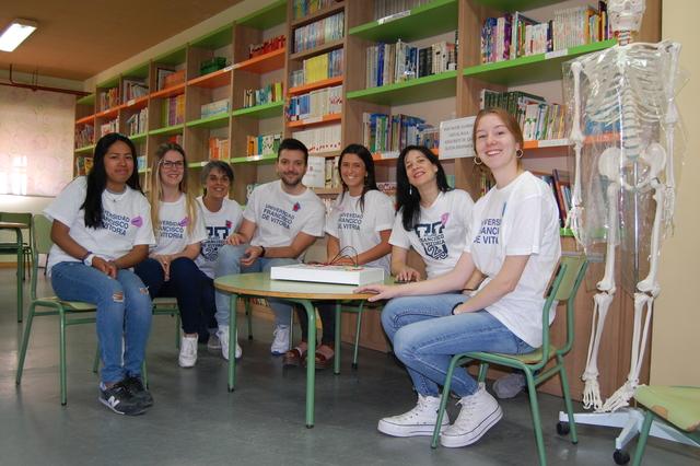 algete Alumnos UFV de Enfermería ofrecen un taller científico a alumnos de Primaria