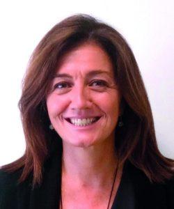 julia alonso 250x300 Julia Alonso, Directora de Diseño y Operaciones del IDDI, entrevistada sobre la demanda de programas a medida para resolver los desafíos de negocio y aprender a cambiar de forma eficaz