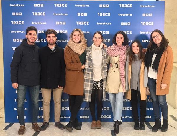 13tv Alumnos de Periodismo participan en un coloquio con Monseñor Argüello en 13tv