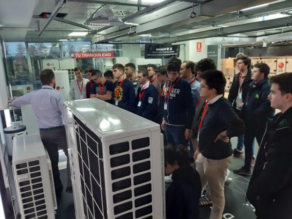 20191120 165946 Easy Resize.com  e1574848453583 Alumnos del Grado en Ingeniería en Sistemas Industriales visitan las oficinas centrales de LG Electonics España Estudiar en Universidad Privada Madrid