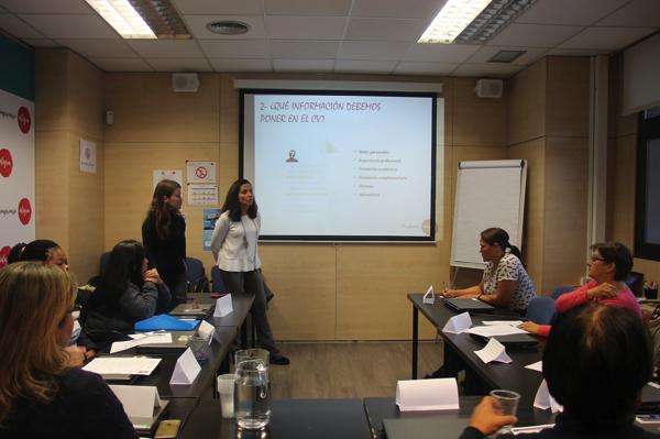 Captura de pantalla 2019 11 27 a las 15.53.49 María Pérez de Ayala y María Esteban imparten un taller sobre el currículum en la Fundación Integra