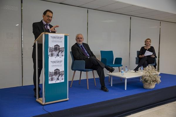 Embajador2 El embajador de Arabia Saudí en España ha compartido en la UFV la nueva apertura al exterior del país árabe
