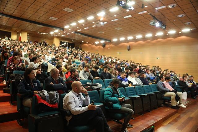 IMG 7776 Easy Resize.com  Vicente del Bosque visita la UFV para explicar a nuestros alumnos la importancia de los valores a lo largo de una carrera profesional Estudiar en Universidad Privada Madrid