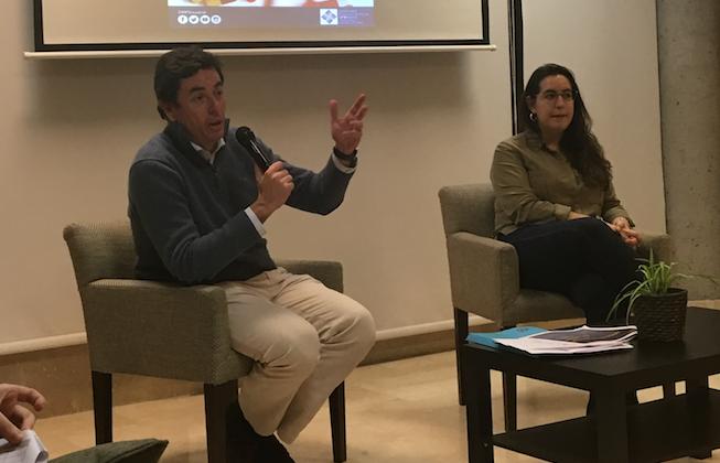 Captura de pantalla 2019 12 10 a las 17.32.40 Manuel Martínez del Peral, vicepresidente del Colegio Oficial de Farmacéuticos de Madrid, imparte una charla en el Colegio Mayor