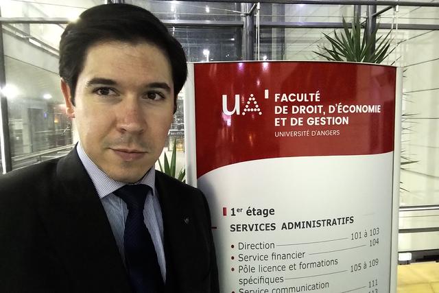 IMG 20191203 1916362 Easy Resize.com  El profesor Álvaro de la Torre realiza una estancia de docencia en la Université dAngers, Francia