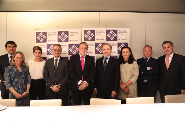 firma convenio La Universidad Francisco de Vitoria firma un convenio de colaboración con BCD Travel Estudiar en Universidad Privada Madrid