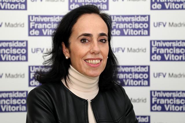 Elena Mª Postigo La profesora Elena Postigo explica qué es el transhumanismo en La Tarde de Cope Estudiar en Universidad Privada Madrid