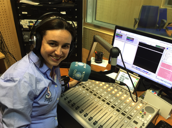 Gema sanz radio maria Gema Sáez, profesora de CAFyD UFV, explica su investigación sobre deporte y religión en Radio María