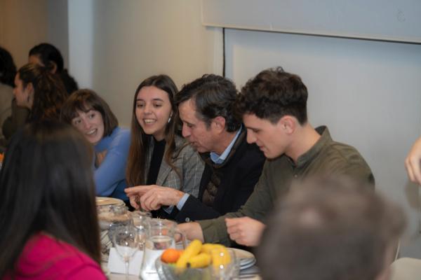 KO 5272 Cena con el Rector 2020: Daniel Sada comparte mesa con los colegiales del CM UFV