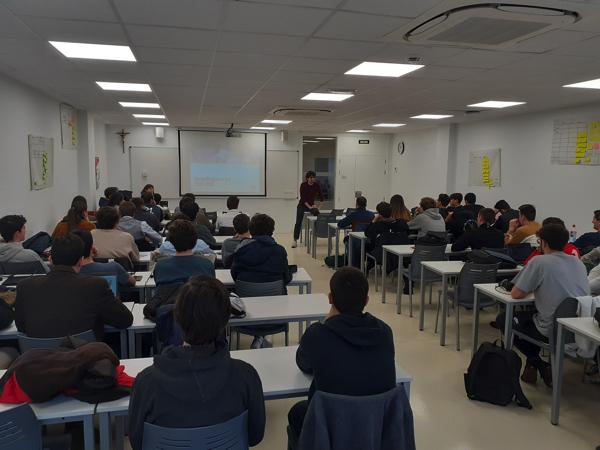 image002 Pablo Millaneses, director de operaciones de la Fundación Empieza por Educar, cuenta su experiencia en la UFV