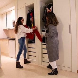 colegio mayor habitaciones 10 330x330 Instalaciones Estudiar en Universidad Privada Madrid
