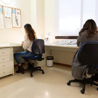 colegio mayor habitaciones 12 330x330 Instalaciones Estudiar en Universidad Privada Madrid