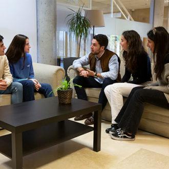 colegio mayor zonas comunes 06 330x330 Instalaciones Estudiar en Universidad Privada Madrid
