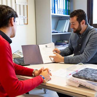 colegio mayor zonas comunes 25 330x330 Instalaciones Estudiar en Universidad Privada Madrid