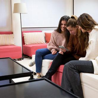 colegio mayor zonas comunes 35 330x330 Instalaciones Estudiar en Universidad Privada Madrid