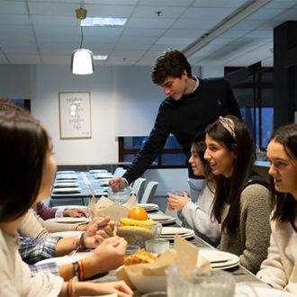 colegio mayor zonas comunes 39 330x330 Instalaciones Estudiar en Universidad Privada Madrid