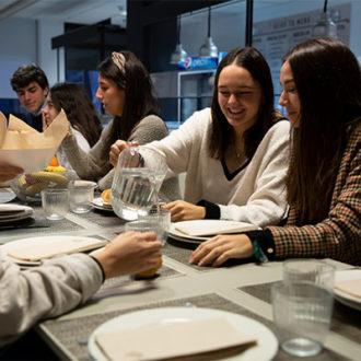 colegio mayor zonas comunes 41 330x330 Instalaciones Estudiar en Universidad Privada Madrid