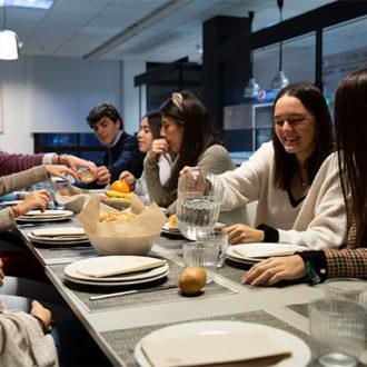 colegio mayor zonas comunes 42 330x330 Instalaciones Estudiar en Universidad Privada Madrid