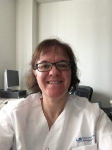 Ana Minaya 225x300 Un estudio mundial demuestra que los pacientes con Covid 19 sometidos a cirugía presentan un riesgo elevado de muerte en el postoperatorio Estudiar en Universidad Privada Madrid