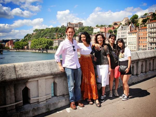 Institulo Lumiere Alumnos de la Facultad de Comunicación viajan al Instituto Lumière de Lyon Estudiar en Universidad Privada Madrid