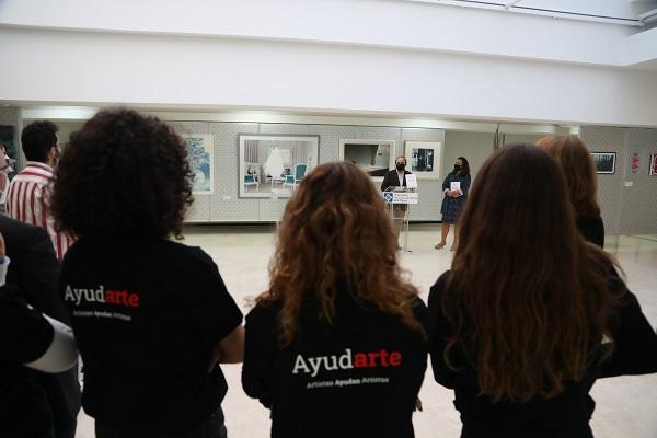 Ayudarte 2 La Universidad Francisco de Vitoria organiza el 16 de diciembre la subasta benéfica AyudARTE para crear una bolsa de becas para los alumnos afectados por la COVID 19 Estudiar en Universidad Privada Madrid
