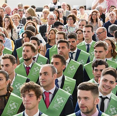 educacion graduacion 19 18 09 Actos académicos curso 2018/2019 Estudiar en Universidad Privada Madrid