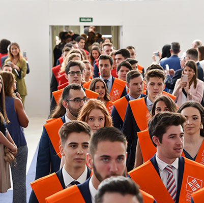 facultad ciencias juridicas graduacion 19 18 14 Actos académicos curso 2018/2019 Estudiar en Universidad Privada Madrid