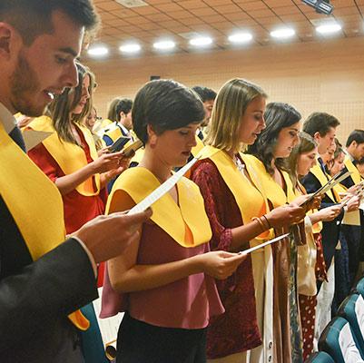 medicina graduacion 19 18 15 Actos académicos curso 2018/2019 Estudiar en Universidad Privada Madrid
