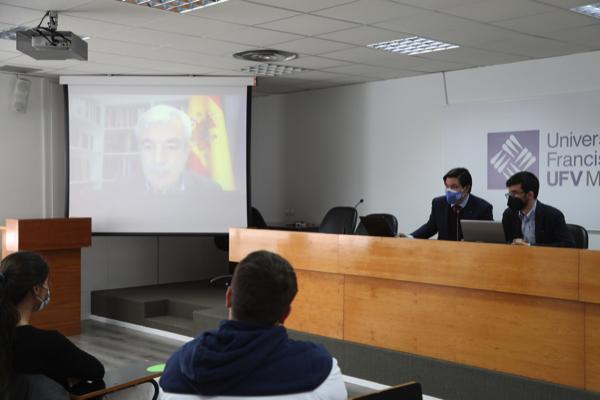 Encuentro con Luis Garicano  Luis Garicano, eurodiputado de Ciudadanos, participa en el coloquio de la Sociedad de Estudios Políticos UFV Estudiar en Universidad Privada Madrid