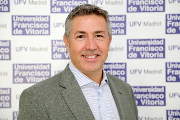 Javier Arjona Javier Arjona, profesor de la UFV, escribe en ABC: Alcalá Zamora. El desencanto del presidente que abanderó la República. Estudiar en Universidad Privada Madrid
