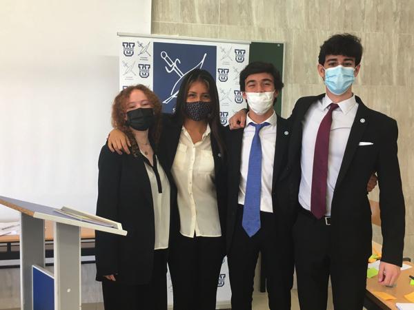 SEMIFINALES EQUIPO SAFA La UFV subcampeona y semifinalista de los torneos de debate, BP Aquinas Roncalli y Safa Estudiar en Universidad Privada Madrid