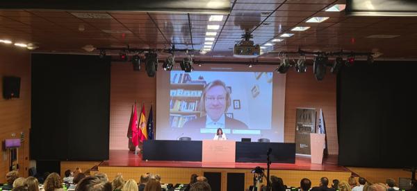 """Charla Anders Sandberg Comienza el Congreso Razón Abierta sobre Transhumanismo con la charla de Anders Sandberg: """"El debate fundamental en torno a este tema radica en si seguiremos siendo humanos, o, por el contrario, perderemos nuestra esencia humana"""" Estudiar en Universidad Privada Madrid"""