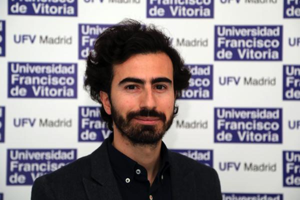 Fabricio Santos Arias Fabricio Santos explica cómo, a través del proyecto iAtelier, la innovación y la artesanía no son incompatibles Estudiar en Universidad Privada Madrid